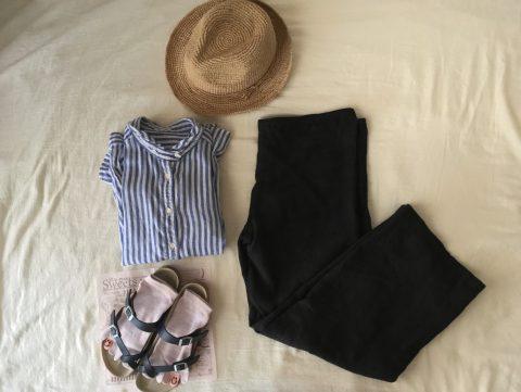 帽子、リネンシャツ、リネンパンツ、靴下、サンダル、(写真には撮ってないけれどインナー)